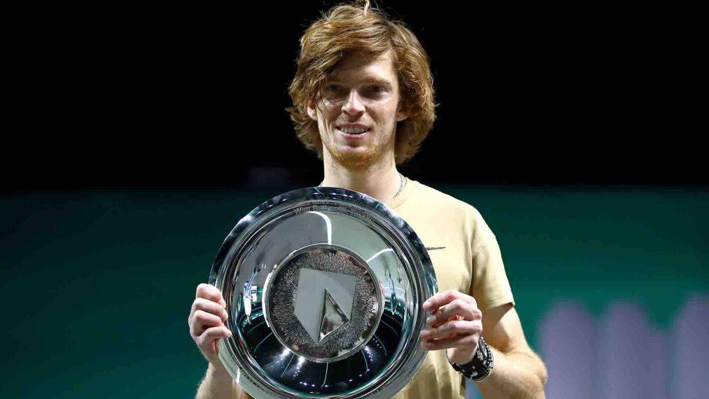لوازم جانبی تنیس - آندری روبلف قهرمان رقابت های تنیس روتردام شد